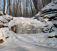 zamrzlé vodopády